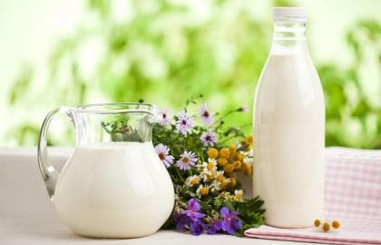 Ukraine: agricultural producers increase milk production, population decrease it